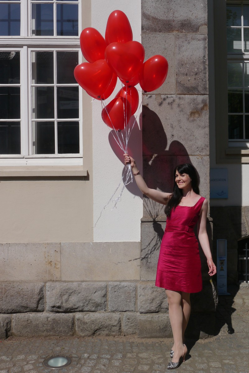 pink wild silk dress and red heart balloons