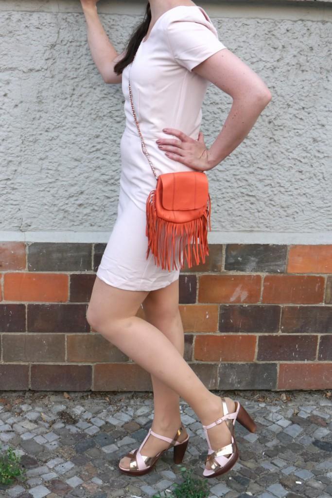 Filippa K. Shift Dress   Orange Pieces Bag   Zinda Sandals