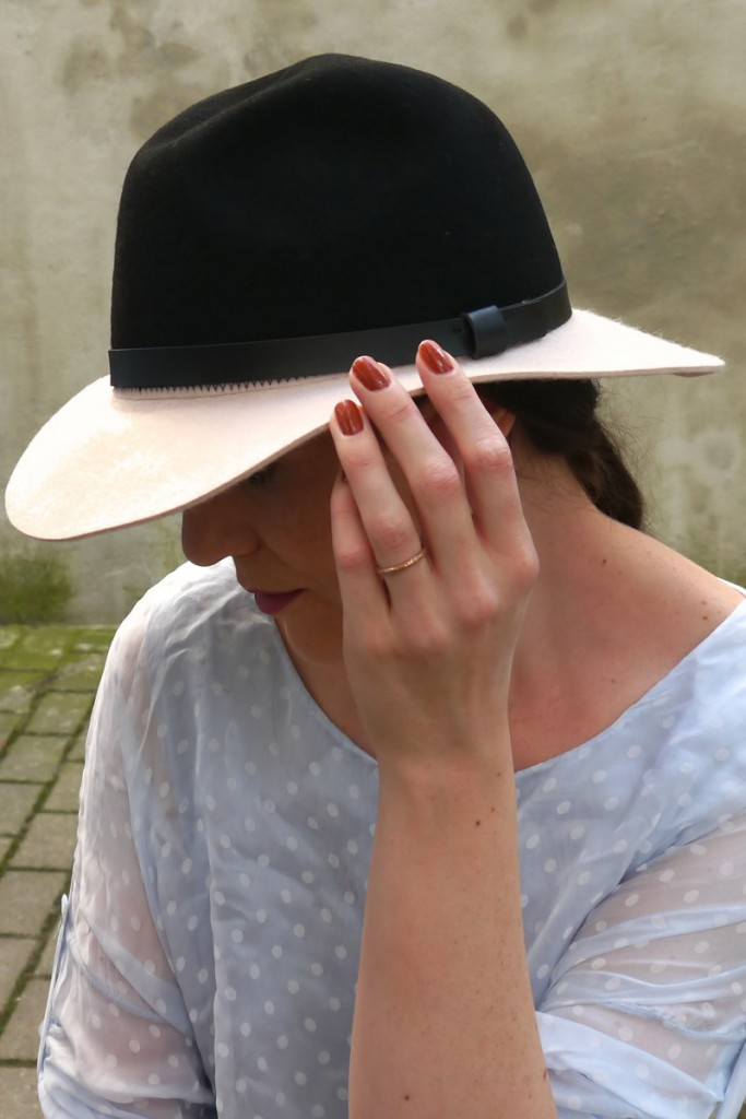 H&M Fedora Hat | trend It Up nail polish