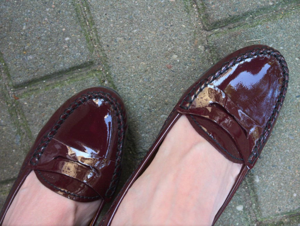 Patent leather wedge slippers by Geox
