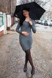 grey sweater dress and colour changing umbrella