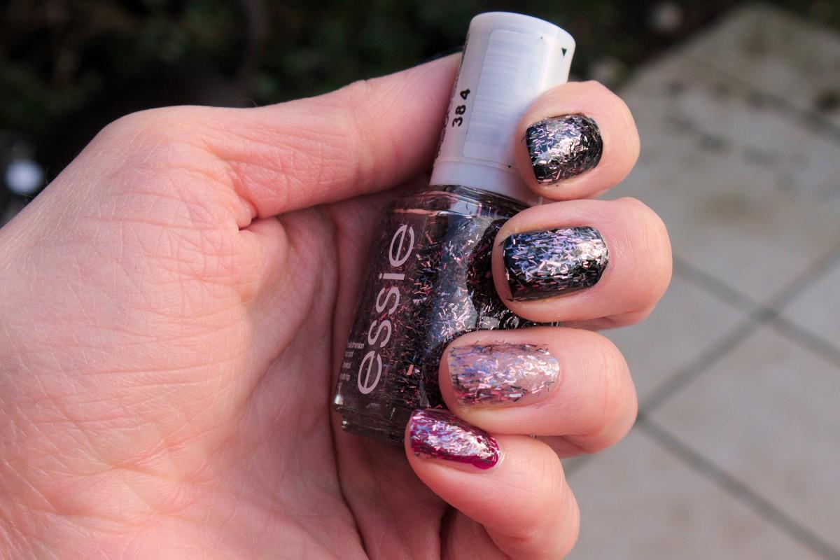 Essie Glitter Nail Polish Review | Splendid Wedding Company
