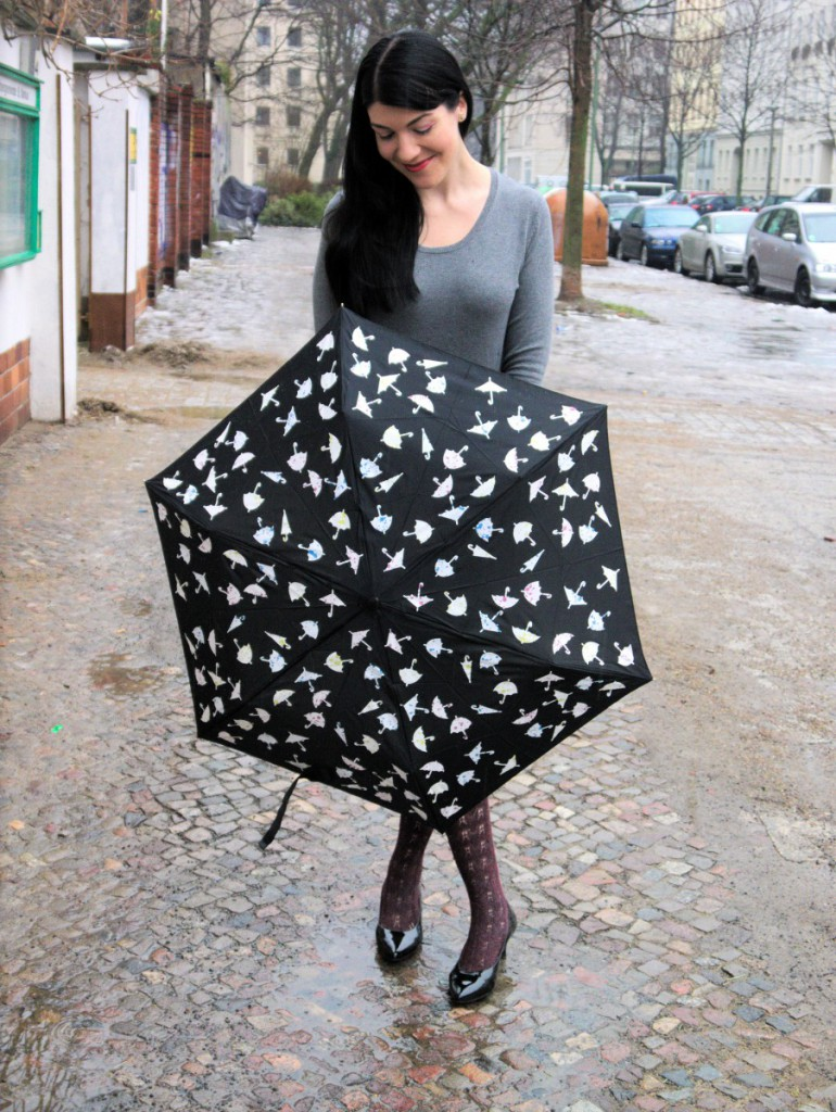 Marks & Spencer colour-changing umbrella