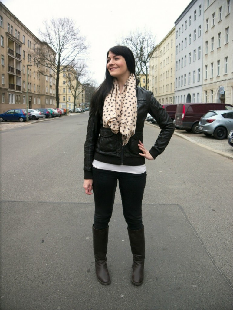 dark brown faux leather jacket and star print scarf