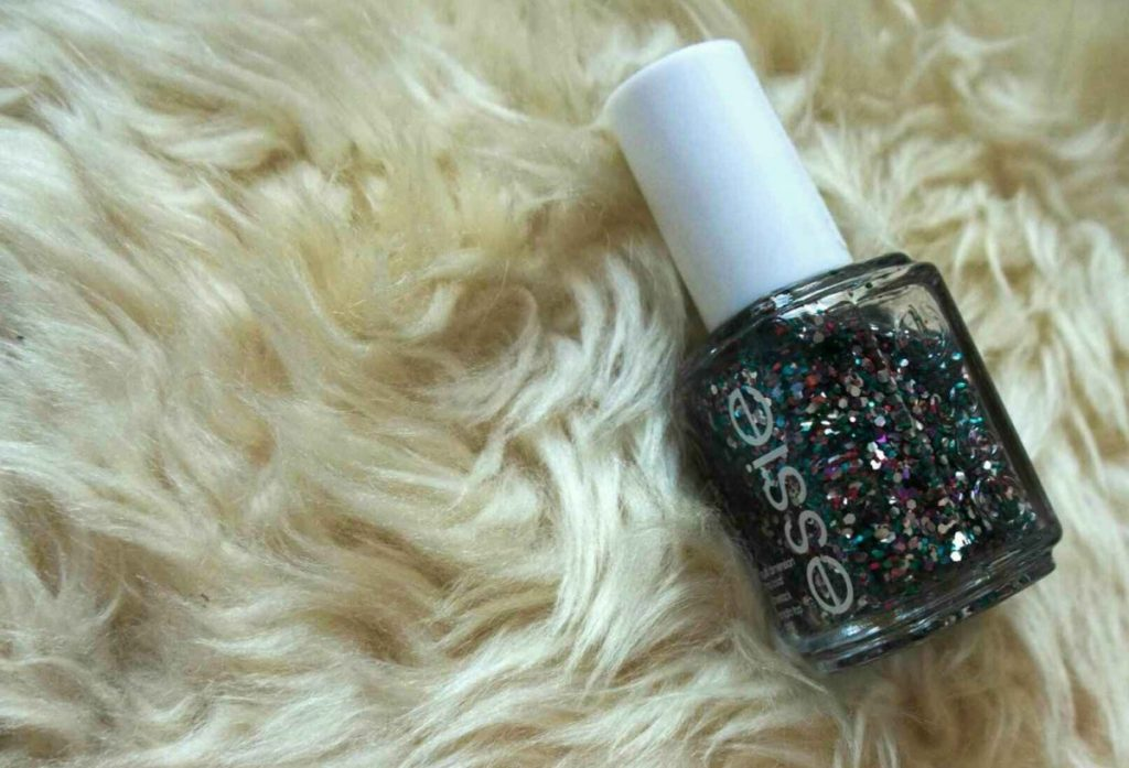 Essie Jazzy Jubilant glitter top coat III