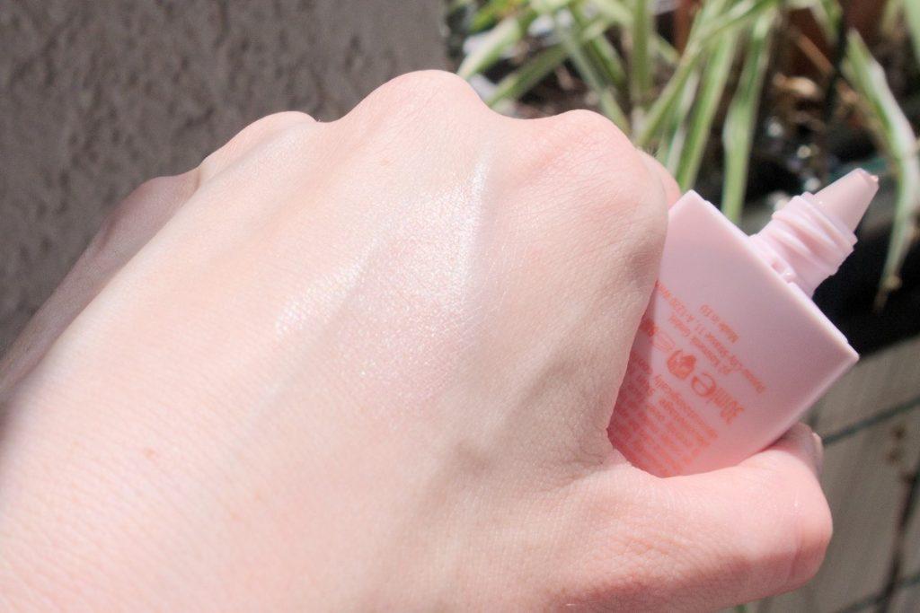 p2 Dive Into Beauty luminous gleam cream swatch on light skin