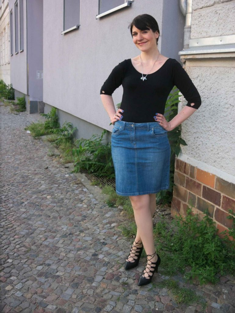 denim pencilskirt and black leotard