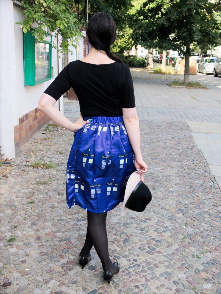 cobalt blue Tardis skirt and fedora outfit