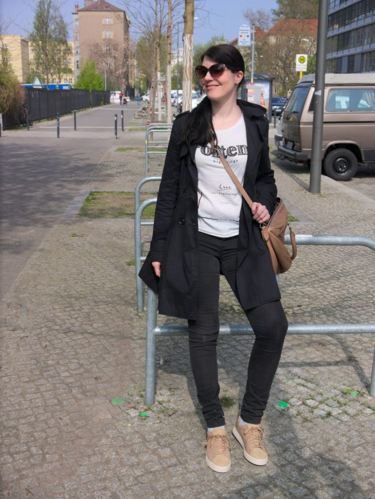 Spring Outfit with Trench, Slogan Tee and Sneakers