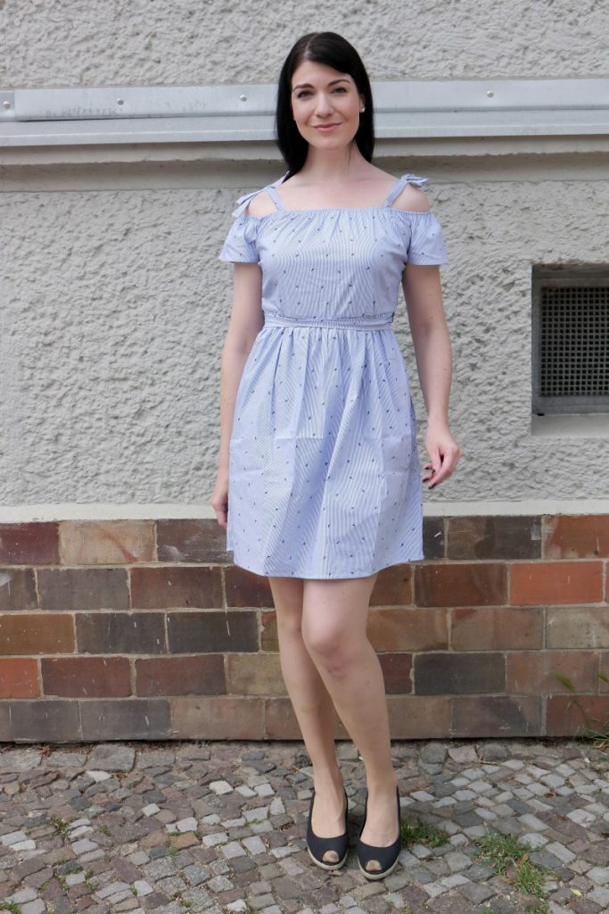bird print cold shoulder dress in white and blue
